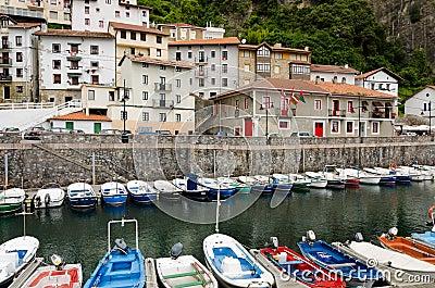 Elantxobe. Baskiskt land Redaktionell Foto