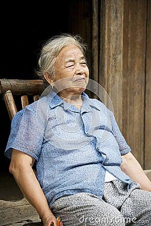 Elderly Chinese Lady at Daxu