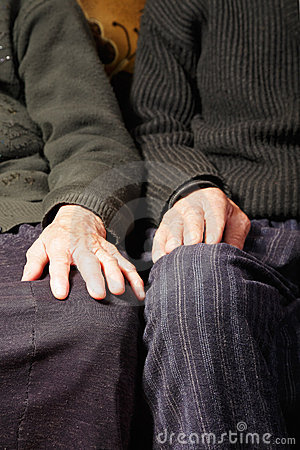 Elderly couple hands