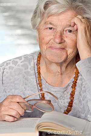 Free Elderly Smiles Royalty Free Stock Images - 1362939
