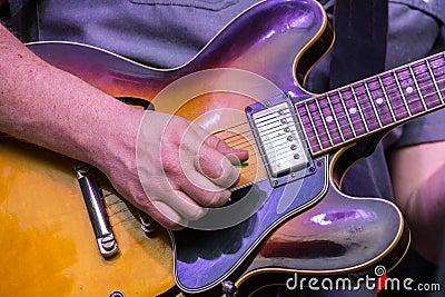 Electric Guitar Strum