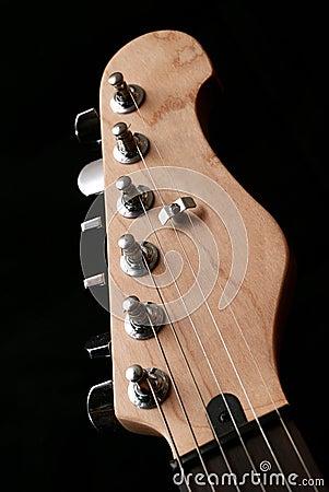 Electric guitar headstock