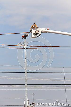 Electric Linesman