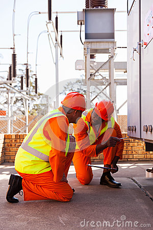 Free Electrical Co-workers Substation Royalty Free Stock Image - 43840446