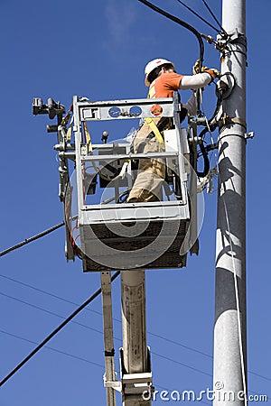 electrician travel seattle jobs