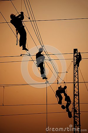 Free Electricians Repair Contact Wire Stock Photography - 99095472