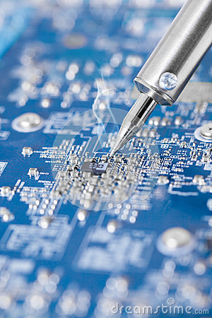 Electronic circuit chip and soldering iron