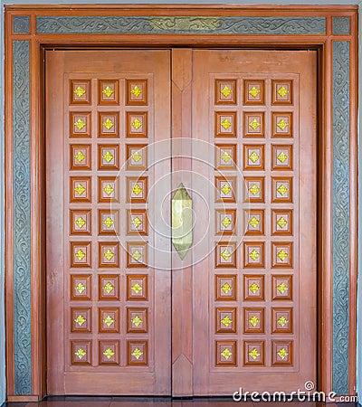 Elegance wood carving door