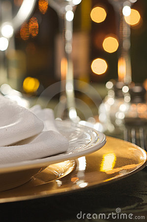Free Elegant Dinner Setting Stock Photography - 7447352