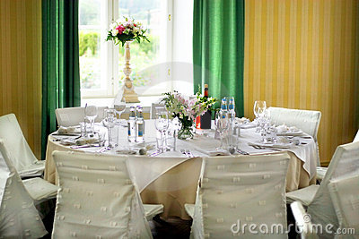 Elegant dinner table