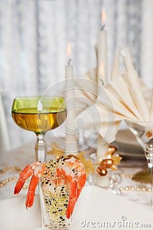 Elegant dinner table 8