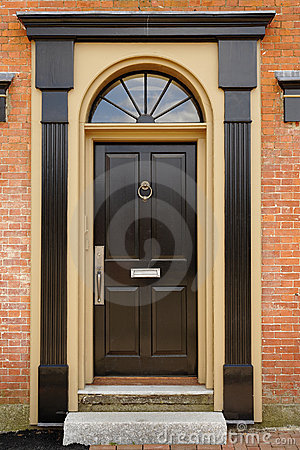 Free Elegant Front Door In A Brick Building Stock Photography - 14472262