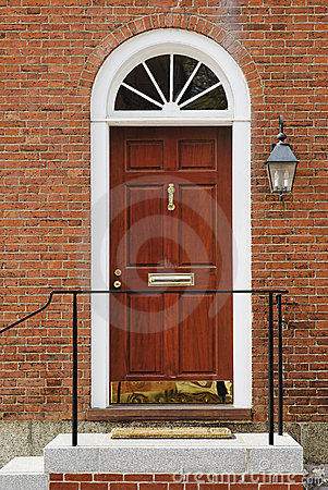 Free Elegant Front Door In A Brick Building Stock Images - 14472294