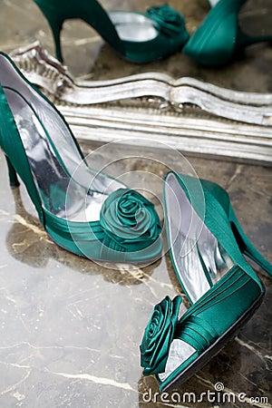 Elegant Green Shoes