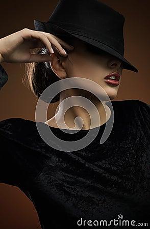 Free Elegant Lady Royalty Free Stock Photography - 10067807
