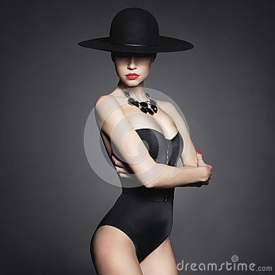 Free Elegant Lady In Hat Royalty Free Stock Photography - 55990257
