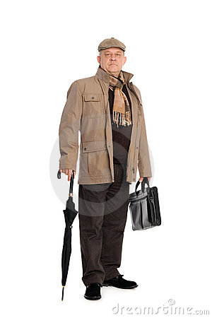 Elegant man in the autumn clothes