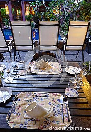 Free Elegant Table Setting  Outdoors, Ethnic Batik Stock Images - 28835014