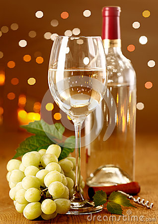 Elegant white wine with grapes