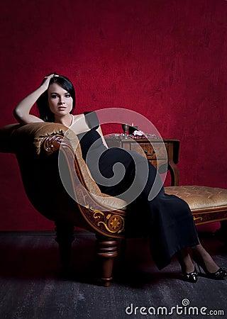 Free Elegant Woman Royalty Free Stock Photos - 12844448