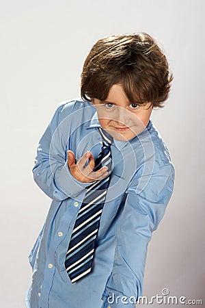 Elegantt tieslitage för pojke