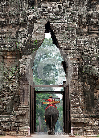 Free Elephant Exits Angkor Wat Stock Photos - 36885843