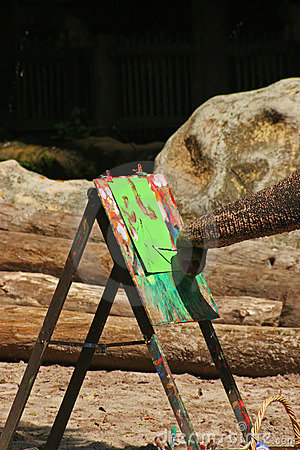 Elephant painting at the singapore zoo