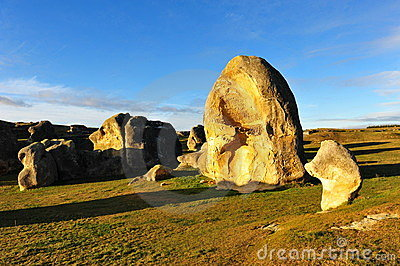 Elephant rocks in New Zealand