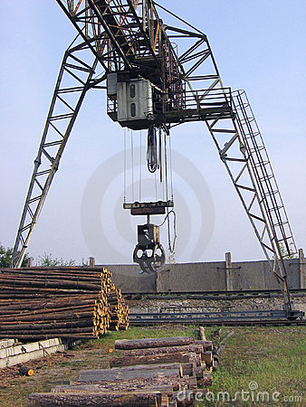 Free Elevating Crane2 Royalty Free Stock Image - 1343626