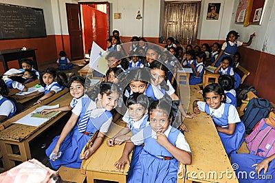 Elever i klassrum p dem skola av fortet cochin for 3d dreams fort mill sc