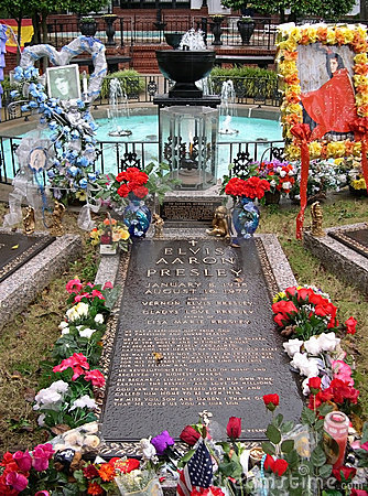 Elvis Presley s Grave, Graceland, Memphis TN Editorial Stock Photo