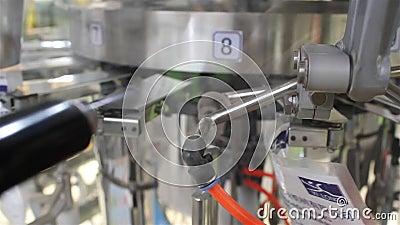 Embalaje y máquina de etiqueta almacen de metraje de vídeo