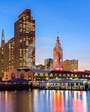 Free Embarcadero Towers And Ferry Building Stock Photography - 28701202