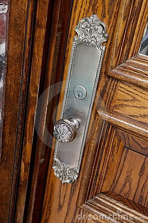 Embellished metal door knob