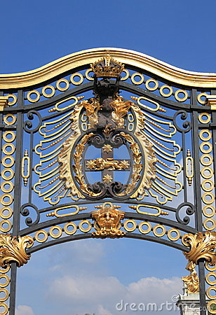 Emblem in Buckingham Palace