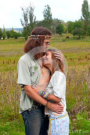 Embrace hippie couple