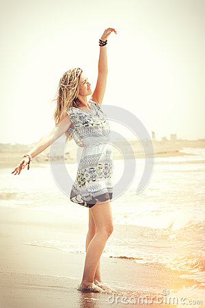 Free Embrace The Sea, Dream Beach Woman. Peace And Freedom Royalty Free Stock Photography - 75649537