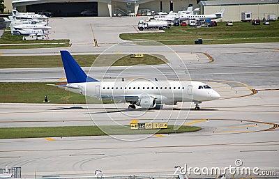 Embraer 170 reginal jet