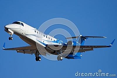 Embraer EMB-135BJ Legacy