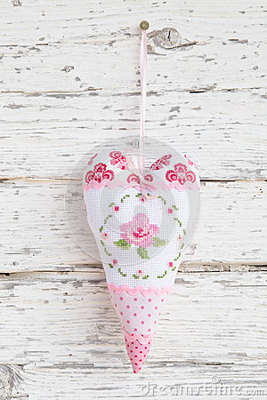 Free Embroidered Heart  With A Rose Hanging On A Nail For Greeting Ca Stock Image - 35002401