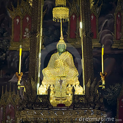 Free Emerald Buddha Stock Image - 2073151
