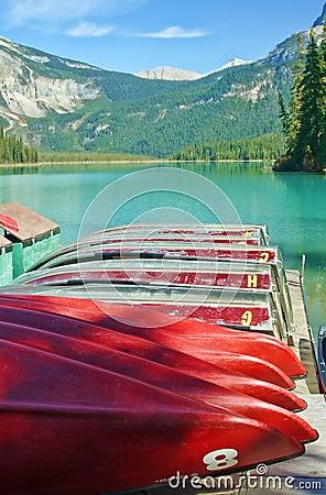 Emerald_lake_dock