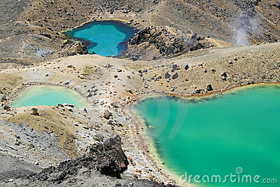 Emerald Lakes in Tongariro, NZ