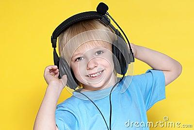 The emotional kid in ear-phones