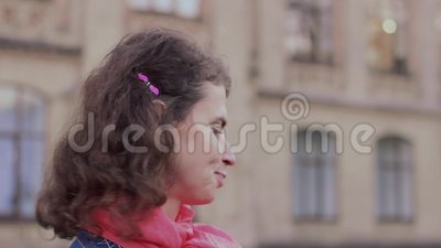 Emotional Video Portrait Of A Disapprovingly Nodding Woman Stock Footage Video Of Fashion Beauty 132642522