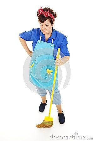 Empregada doméstica de vista triste