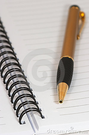 Empty blank ring, spiral notepad, one gold pen macro