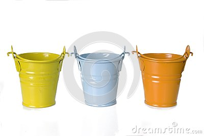 Empty clay pot