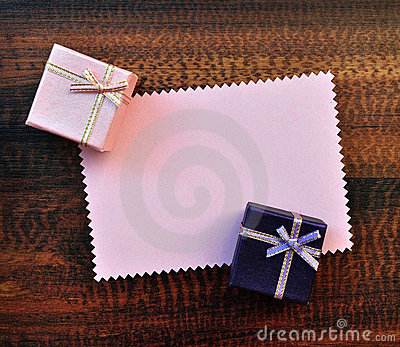 Empty pink paper gift card with gift box