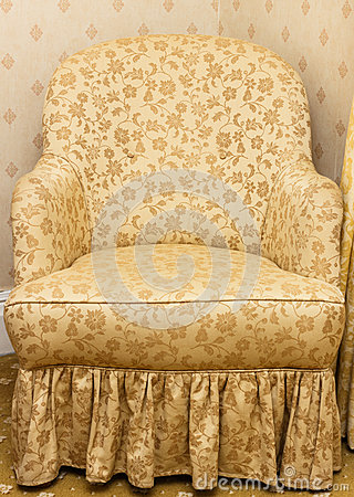 Free Empty Retro Brown Armchair With Floral Pattern Royalty Free Stock Photography - 28405317